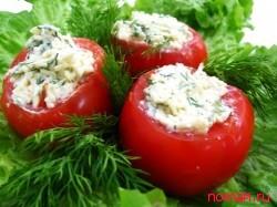 Фаршированные помидоры омлетом и ветчиной