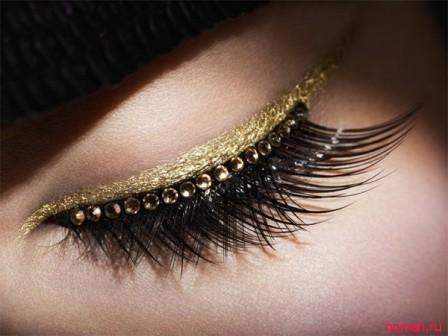 Рождественская коллекция – золотые татуировки от Dior