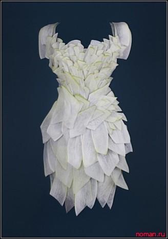 Платье из белого редиса