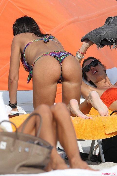 Николь Минетти в бикини