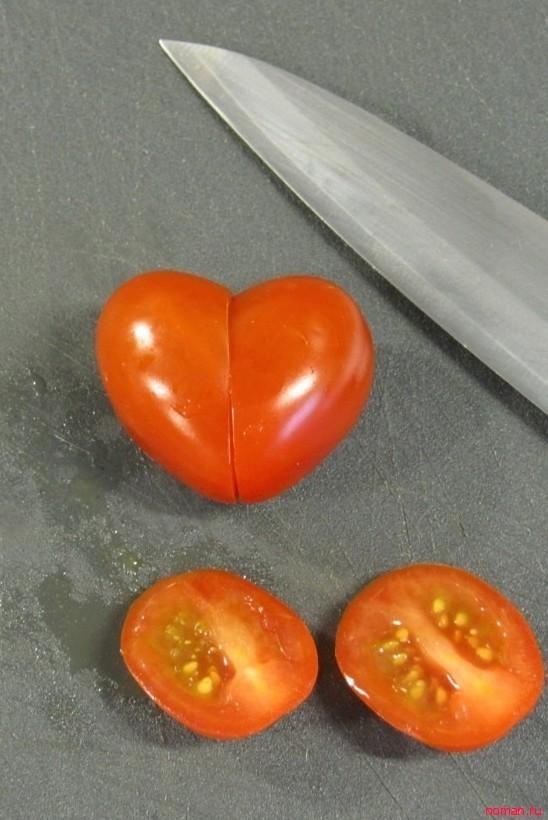 Украшение для салата в виде сердечек