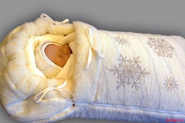 Как одевать новорожденных зимой
