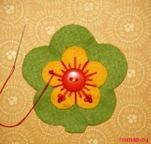 Фетровый цветок