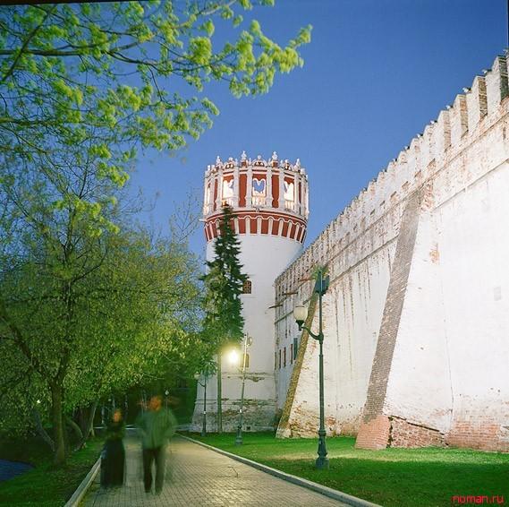 Софьина башня в Новодевичьем монастыре
